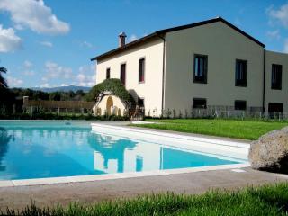 Villa Rental in Sicily, Moio Alcantara - Tenuta de Nereides - Castiglione di Sicilia vacation rentals