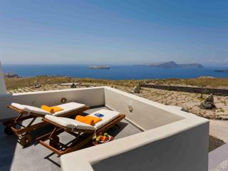 Luxurious and Private Villa near the famous Lighthouse of Santorini - Villa Metis - Fira vacation rentals