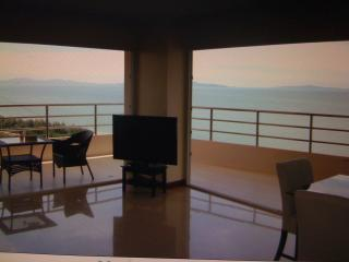 sunset view - Fantastic  seaviewcondo  beachfront  jomtinpattaya - Pattaya - rentals