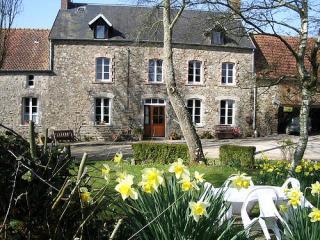 3 gites - La Ferme de l'Eglise - Blainville-sur-Mer vacation rentals