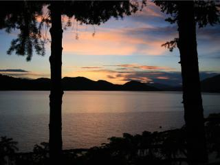 Whitefish 1 Bedroom/1 Bathroom House (02CD) - Coram vacation rentals