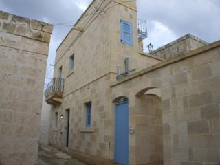 Margerita - central - private pool & free wi-fi!!! - Xaghra vacation rentals