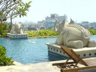 Pool - One bed apartment, great location,river view,WiFi - Bangkok - rentals