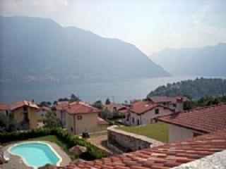 Appartamento Cornelia D - Ossuccio vacation rentals