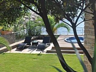 Appartamento Torre Caleo A - Acciaroli vacation rentals