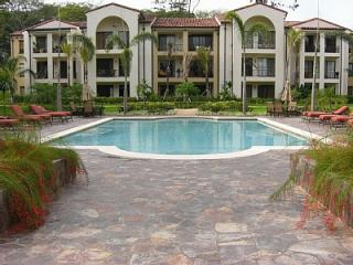 Enjoy a 3 bedroom, 2 bathroom condo the top floor with great views and steps from pool and gardens - PACIFICO Luxury Resort Condo Rental Playa del Coco - Playas del Coco - rentals