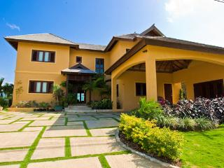 Lovely House with A/C and DVD Player - Montego Bay vacation rentals