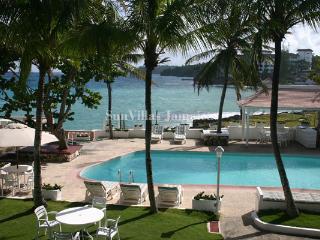 Coral Cay - Ocho Rios 4 Bedroom - Ocho Rios vacation rentals