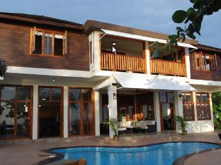Villa Sur Mer - Negril 6 Bedroom Oceanfront - Negril vacation rentals