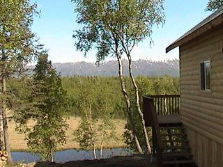 "Gorgeous mountain views at our Cottonwood Creek location - ""Alaska Creekside Cabins"" Luxury waterfront suites - Wasilla - rentals"