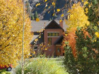OUR PLEDGE: Durango's most luxurious river retreat - Durango vacation rentals