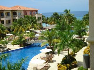 Location, Location, Location - INFINITY BAY VILLA - Awarded *TOP VACATION RENTAL* - West Bay - rentals