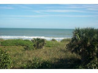 Ocean front Great reviews Summer special $105/nt - Cape Canaveral vacation rentals
