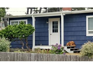 Carmel Cottage - Carmel Cottage - One Block from the Beach - Manzanita - rentals