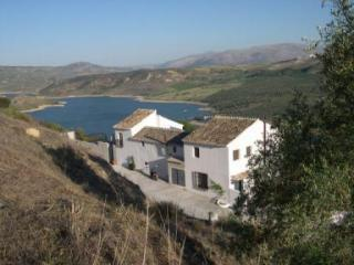 2 bedroomed cottage overlooking Lake of Andalucia - Iznajar vacation rentals