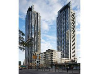 Luxury Suite - Downtown - Across from CN Tower!! - Toronto vacation rentals