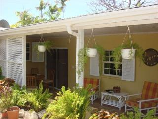 Outside of patio - Cottage with pool near beach and restaurants. - Hastings - rentals