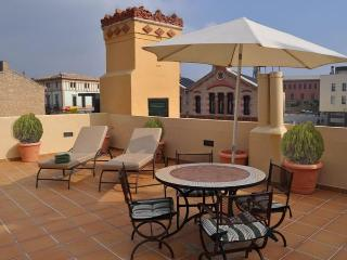 CAN FELIP - Apartment 2 (Beautiful XVIIIC House) - Palafrugell vacation rentals