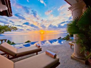 Nice Villa with Deck and Internet Access - Puerto Vallarta vacation rentals