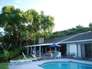 Hale  Malu Wahi - Private Home with Sweeping Ocean Views! - Kailua-Kona vacation rentals