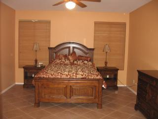 Fabulous Golf Course Home in Johnson Ranch - Queen Creek vacation rentals