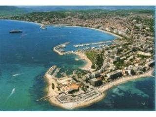 Palm Beach Cannes, 2 bedroom beautiful apartment. - Le Cannet vacation rentals