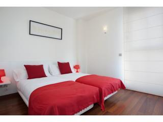 4 1- 01 - BWH Born - Beach  4-1 Stunning Apt with terrace - Barcelona - rentals