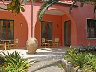 Appartamento Rosabella A - Sorrento vacation rentals