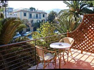 Appartamento Rosabella E - Sorrento vacation rentals
