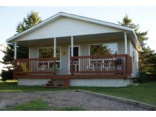 Nice 2 bedroom Cottage in Stanhope with Deck - Stanhope vacation rentals