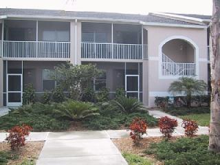 Condo on Private Golf Course - Close to Siesta Key - Sarasota vacation rentals