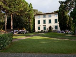 Beautiful Villa Near Lucca with Pool and Chef - Villa Elisa - Balbano vacation rentals