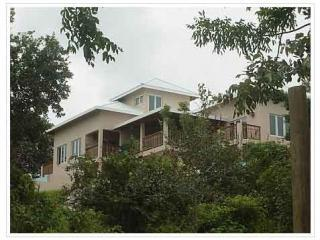 4-Acre Roatan Villa - Beauty, Romance, Adventure! - Roatan vacation rentals