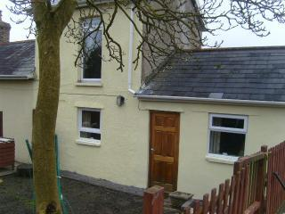 Cozy Cottage with Internet Access and Satellite Or Cable TV - Aberdare vacation rentals