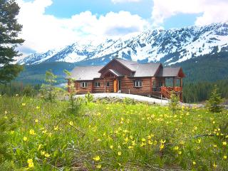 April Romance*Couple Special Apr1-May4*Please Message Wendy 4 Details & Discount - Bozeman vacation rentals