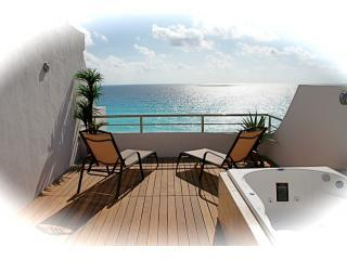 Roof Top Patio Ocean View - Luxury Redefined...Penthouse 715 - Cancun - rentals