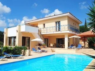 POSEIDON PRESTIGIOUS villa 4 bedm Very large pool - Paphos vacation rentals