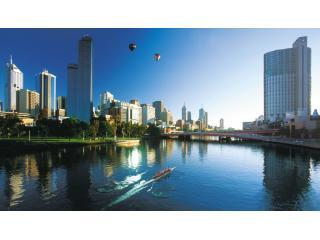 Melbourne Sub-Penthouse Apartment- Melbourne Tower - Melbourne vacation rentals