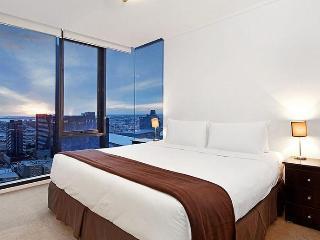 Melbourne Sub-Penthouse Apartment- Melbourne Tower - Melbourne vacation rentals