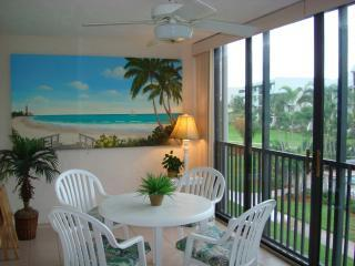 Beautiful Condo with Internet Access and A/C - Sanibel Island vacation rentals