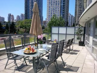 Downtown Luxury Suite w/ Massive Terrace - Vancouver vacation rentals