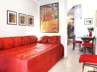 NOSTROMONDO ORSO LODGE - Piazza Navona - Rome vacation rentals