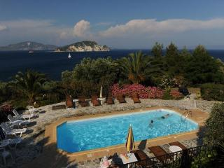 VILLAS FLISVOS WITH POOL PRIVATE ACCESS TO THE SEA - Limni Keri vacation rentals
