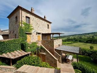 2 bedroom Condo with Garden in Montepulciano - Montepulciano vacation rentals