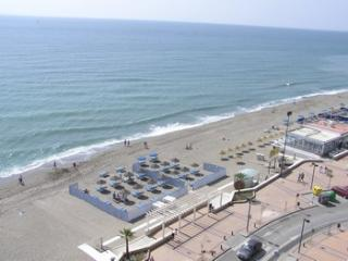 Luxury 4* frontline beach apartment in Fuengirola - Fuengirola vacation rentals