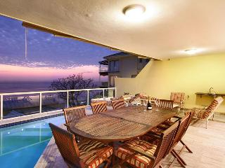 Perfect Condo with Deck and A/C - Clifton vacation rentals
