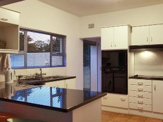 6 bedroom Villa with Deck in Camps Bay - Camps Bay vacation rentals