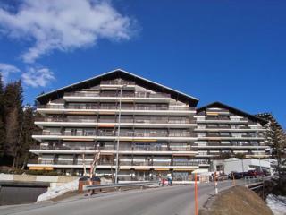 crans ext - Crans Montana - prime Swiss Alp winter ski resort - Crans-Montana - rentals