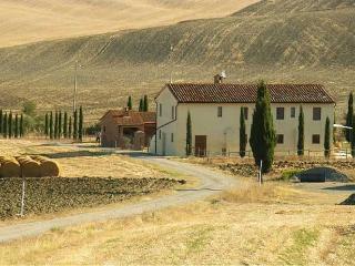 Farmhouse Casa Orcia in Pienza, Siena - Castiglione D'Orcia vacation rentals