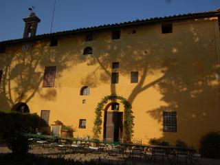Villa Corsano Pet Friendly Tuscan Vacation Rental - Ville di Corsano vacation rentals